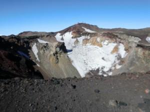 fujisan-crater